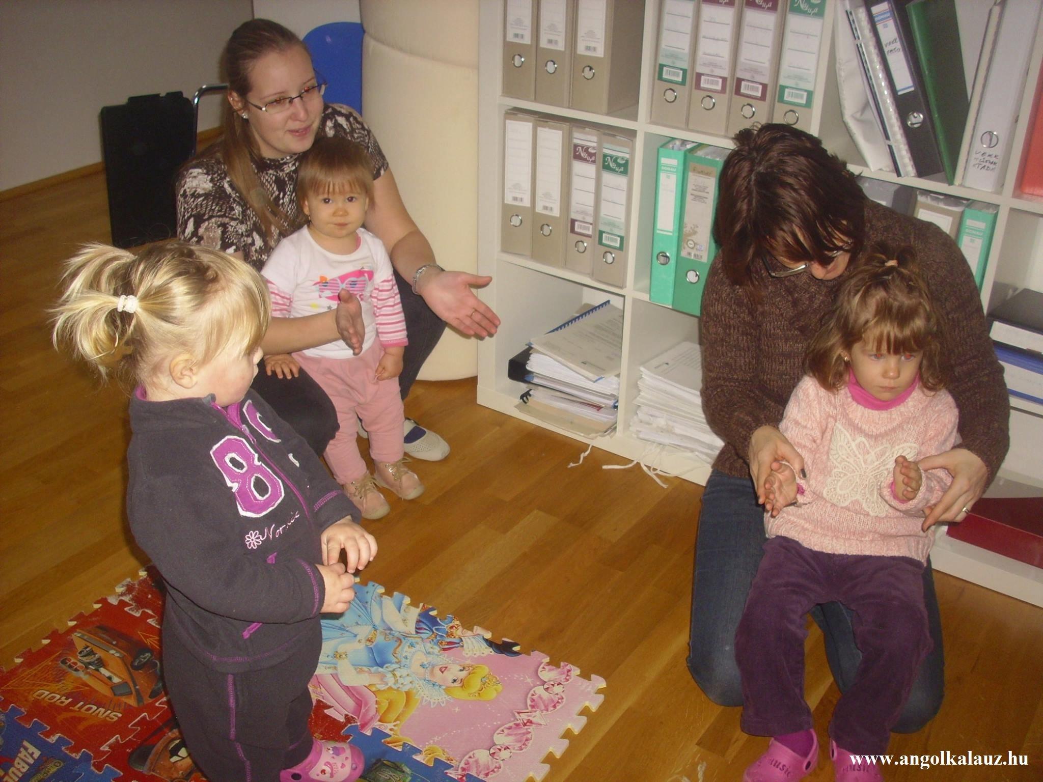 Babaangol – Hogyan tanulnak nyelvet a gyerekek?