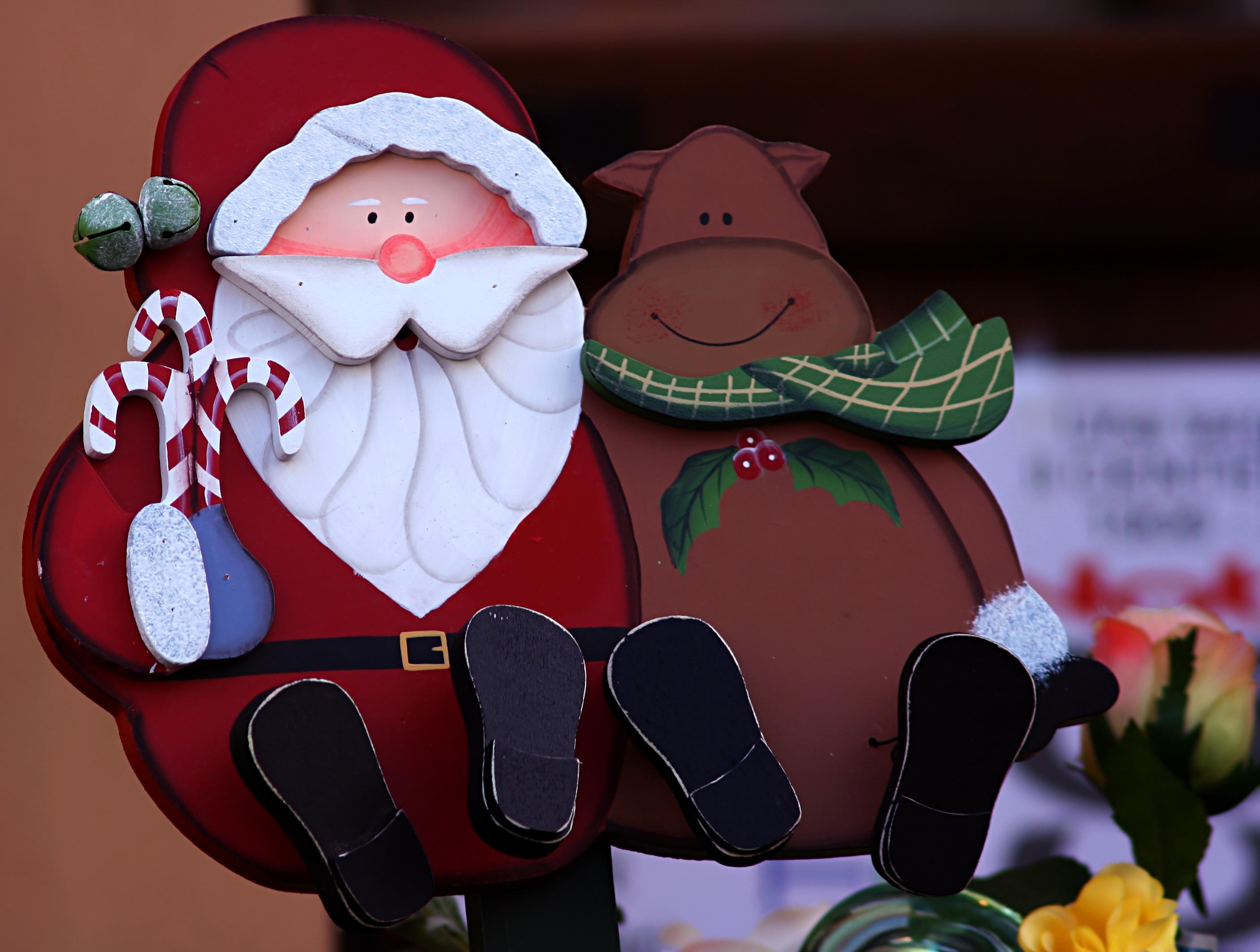Mikulás, Télapó, Santa Claus