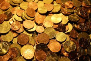 A nyelvek és a pénz